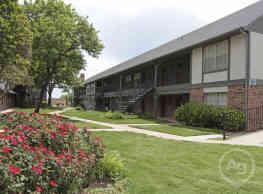 Wellington Manor - Amarillo