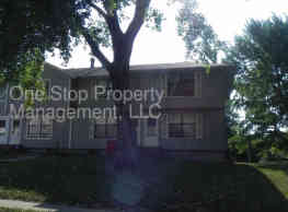 500 NW 3rd St - Blue Springs