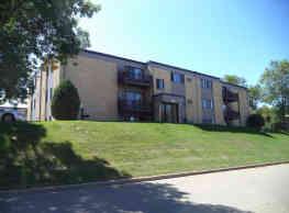 Summit Park Apartments - Minot