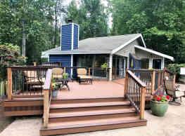 Pinewood Village - Bellevue