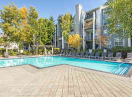 HighGrove Apartments - Everett