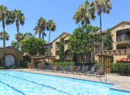 Estancia Apartment Homes - Irvine