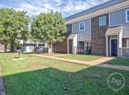 Residences at Lakeshore - Oklahoma City