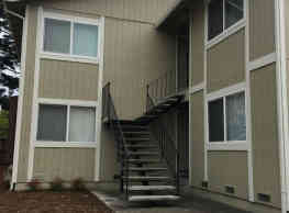 Open house 10/22 4:30-5pm Spacious 2 bedroom, on s - Rohnert Park