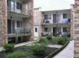 Gable Courtyard - Downingtown