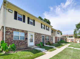 The Village at Chartleytowne Apartments & Townhomes - Reisterstown