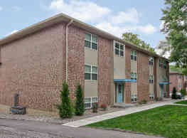 Village Garden Apartments - Kansas City