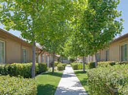 Evansport Place Apartments - Bakersfield