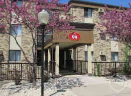 McCarrons Village Apartments - Saint Paul
