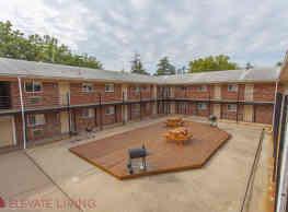 Redstone Commons - Davenport