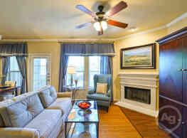 Rock Ridge Apartment Homes - Arlington