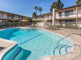 Sandpointe Apartments Huntington Beach Ca