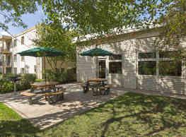 Hamline Terrace - Roseville