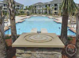 Spring Water Apartments - Virginia Beach