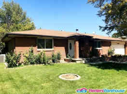 Pet Friendly Great Home Large Back yard - Riverton