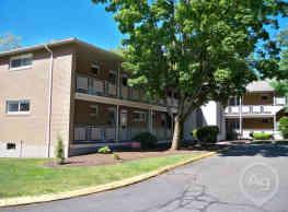 Highland Apartments of Vernon - Vernon
