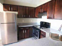 Aria Apartment Homes - Virginia Beach