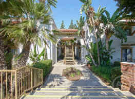 Twin Oaks & Los Robles - Orange
