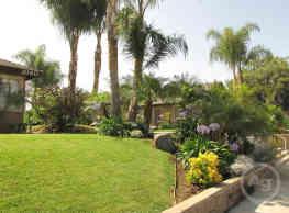 Bradford Villas - Placentia