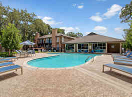 Lakeside Place Apartments - Houston