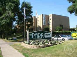 The Park Apartments & Townhomes - Saint Paul