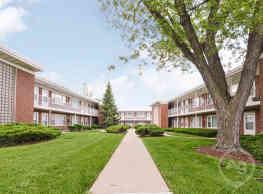 Wheaton Court - Wheaton