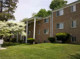 Green Forest Apartments - Chester