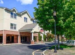 The Horizons at Franklin Lakes Apartment Homes - Franklin Lakes