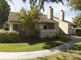 Willow Ridge Apartments - Clovis