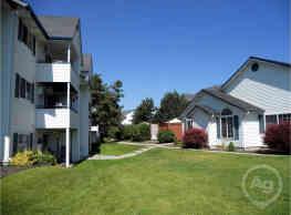 Montgomery Court Apartments - Spokane Valley
