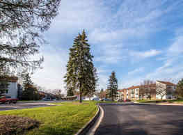 Okemos Station Apartments Townhomes - Okemos