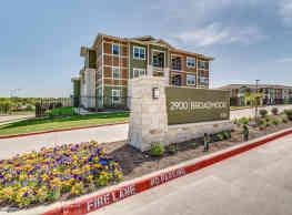 2900 Broadmoor - Fort Worth