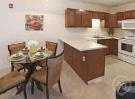 Transit Pointe Senior Apartments - East Amherst