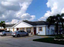 Mariner Village - Pinellas Park