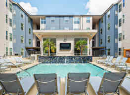 Cherry Street Apartments at Northgate - College Station
