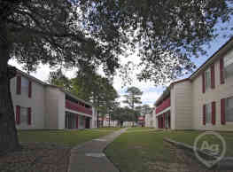 Creekside Apartments - Mobile