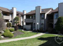 Pine Hollow Commons - Chester