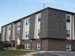 Carriage Place Apartments - Huntington