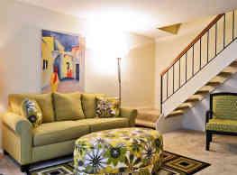 Rossbrooke Apartments At The Lakes - Cockeysville