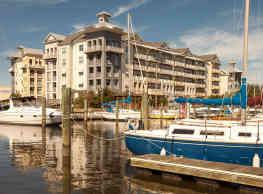 East Beach Marina Apartments - Norfolk