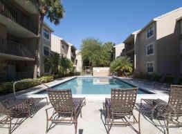 Hammock's Place Apartments - Miami