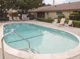 Villa Lometa Apartments - Sunnyvale