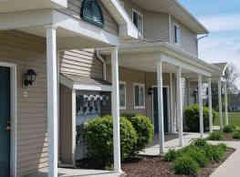 Hawks Ridge Apartments - Bath