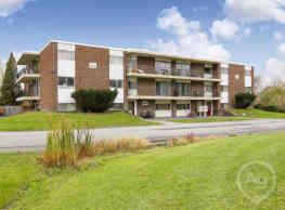 Pinetree Apartments - Nassau