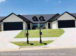 3 br, 2.5 bath House - 6620 Leightyn Lane Lot 14 L - Fort Smith