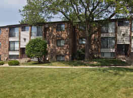The Flats at Gladstone - Glendale Heights