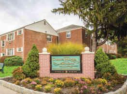 Corlies Manor - Poughkeepsie