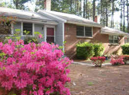 Knollwood Apartments - Southern Pines