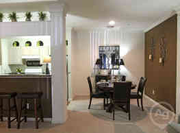 Live Oaks Apartment Homes - Baton Rouge