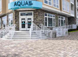 Aqua on 25th - Virginia Beach